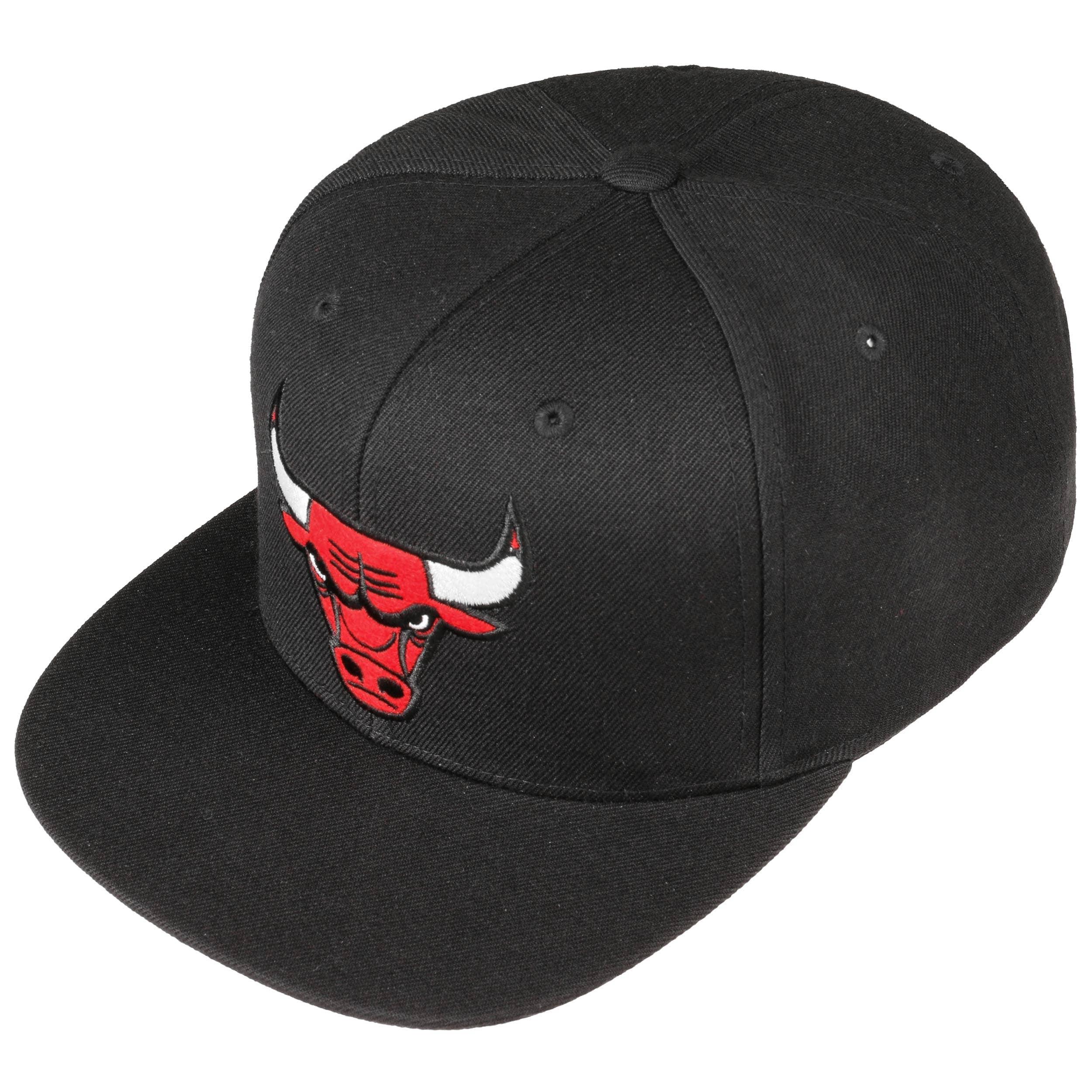 72c9bd4b436fd Gorra Under Visor Bulls by Mitchell   Ness - Gorras - sombreroshop.es
